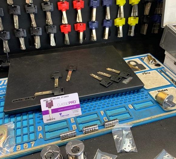 Advanced Lock And Key - Equipment 6.1