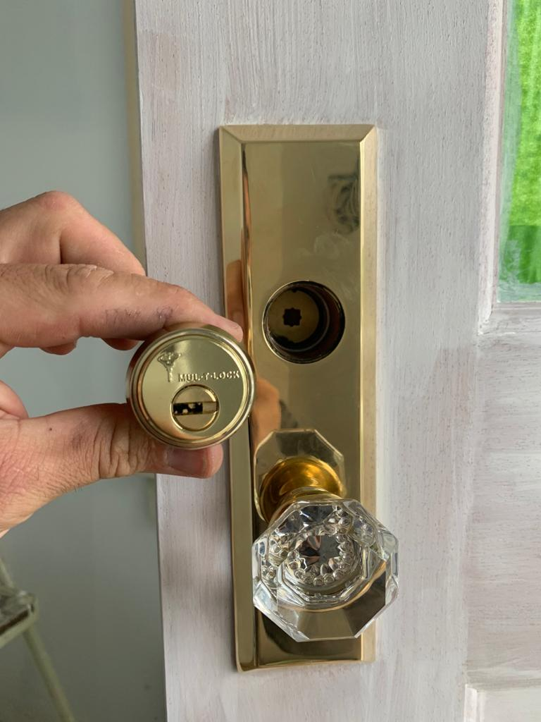 Advanced Lock And Key 11-20.5 Lock Replacement