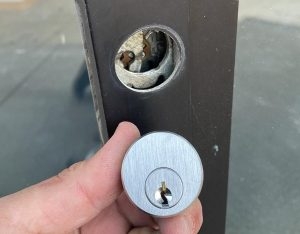 Mortise cylinder replacement (2.1)